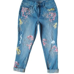 Melissa McCarthy Seven7 Embroidery Floral Jeans
